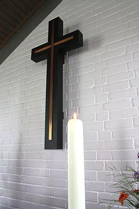 Das Altarkreuz der Adventskapelle Kronsforde